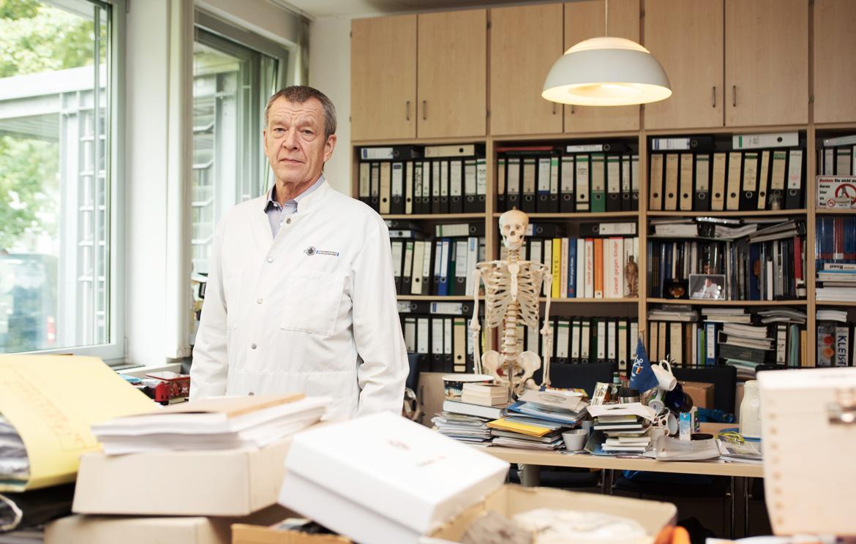 Prof Püschel